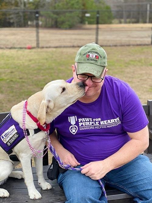 Delta gives Veteran Ben kisses